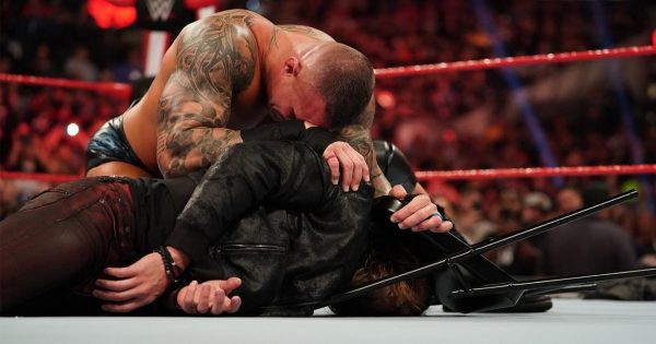 Edge Versus Randy Orton Could Benefit From Empty Arena