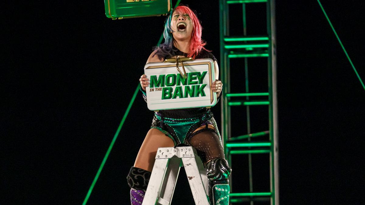 why asuka won briefcase