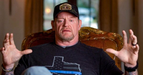 Undertaker under fire for right wing shirts