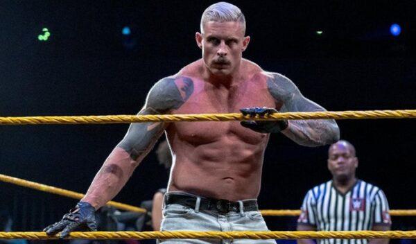 Dexter Lumis suffers injury