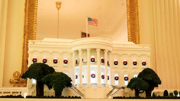White House Christmas 2020 Gingerbread House